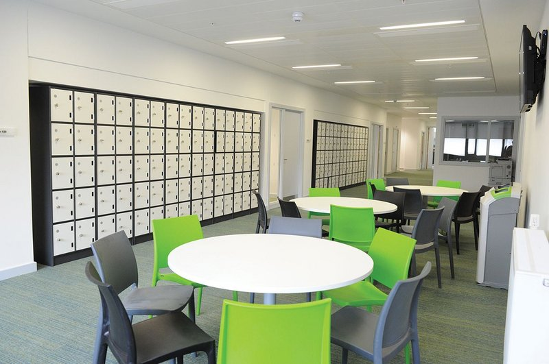 Associated Architects used educational quality indicators in its design of University of Birmingham School.