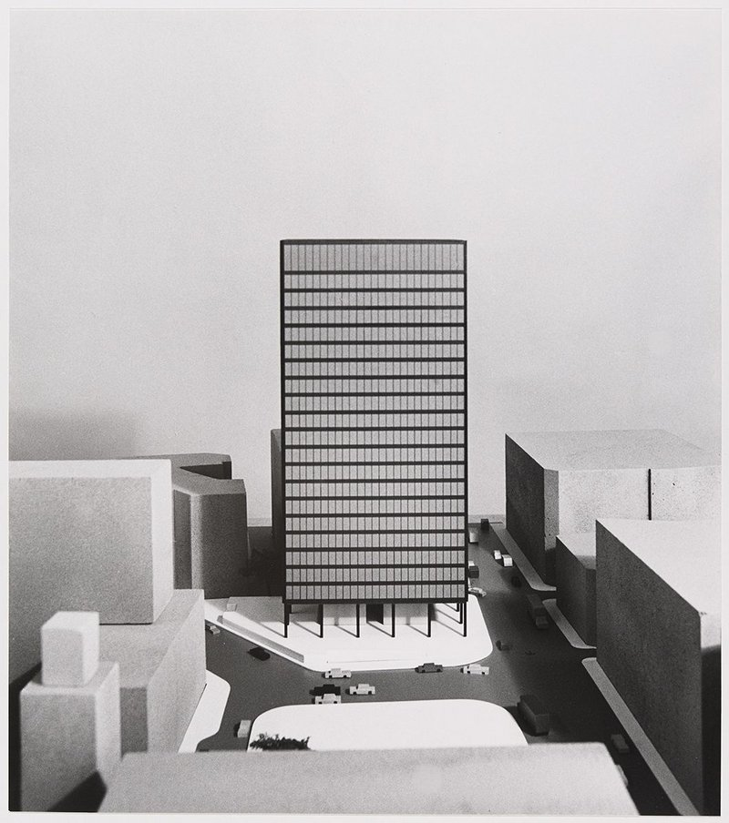 Early design study by Mies for a somewhat different tower