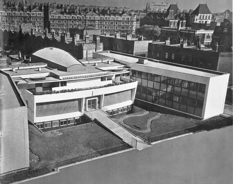 Finsbury-Health Centre, a decaying beacon for a different vision of wellbeing