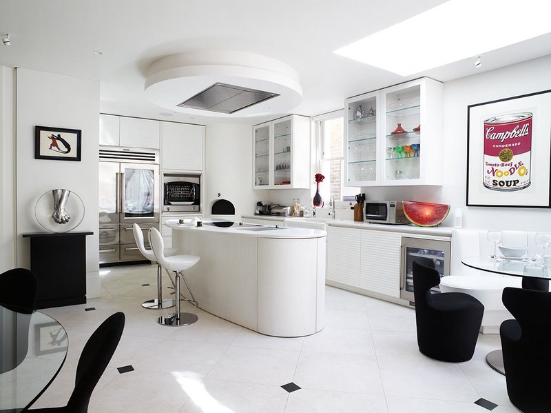 Fixed rooflights create a bright and airy kitchen space