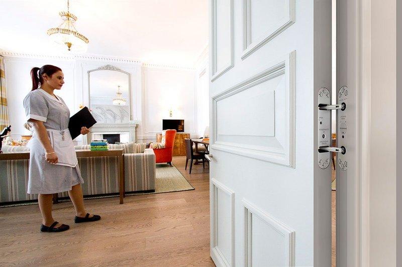 Samuel Heath Powermatic concealed door closer at Brown's Hotel, London.