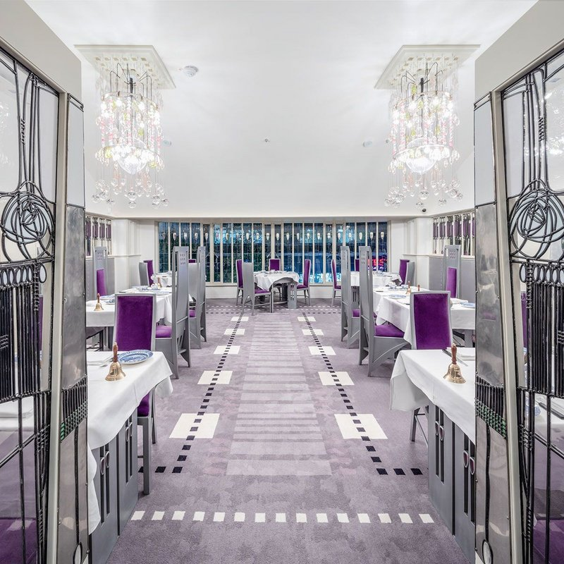 The Salon de Luxe has been meticulously restored with an unrelenting attention to detail.