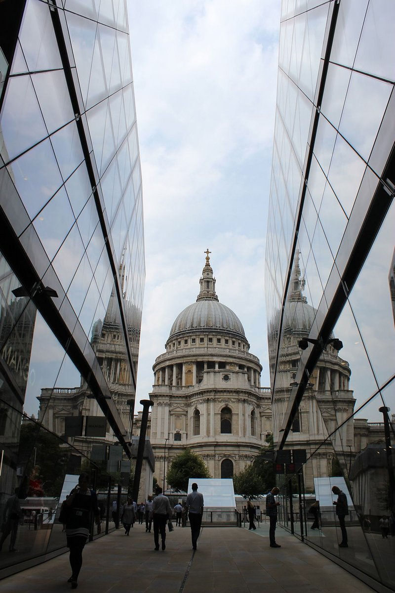 A deep chasm cut through the building opens up new vista of St Paul's Cathedral