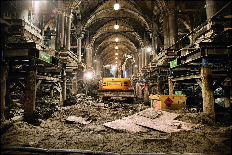 The Rijksmuseum's public passageway was the final stage, dramatically excavated to its foundations to link the new courtyard basements.