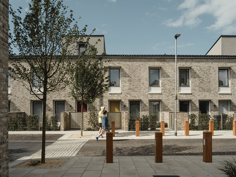 To counter the returning style wars Hugh was pleased to see Mikhail Riches win the Stirling Prize in 2019.