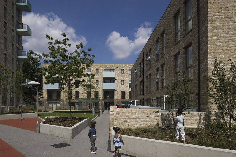 Harvard Gardens, designed by PTE for the London Borough of Southwark, is part of the redevelopment of Aylesbury Estate.