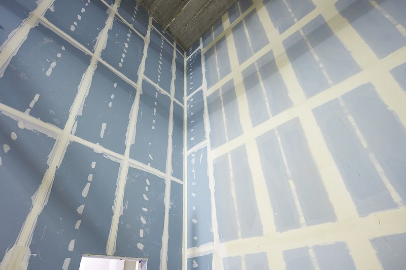 Dry wall construction using Siniat products.