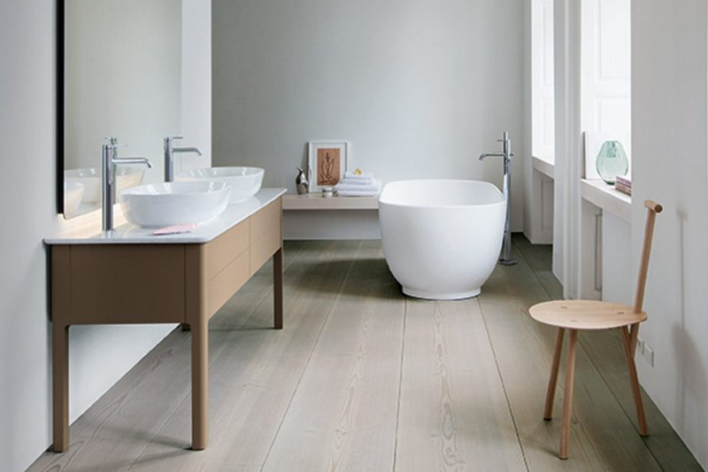 The Cecilie Manz-designed Luv bathroom range by Duravit: Precise forms and fine edges.