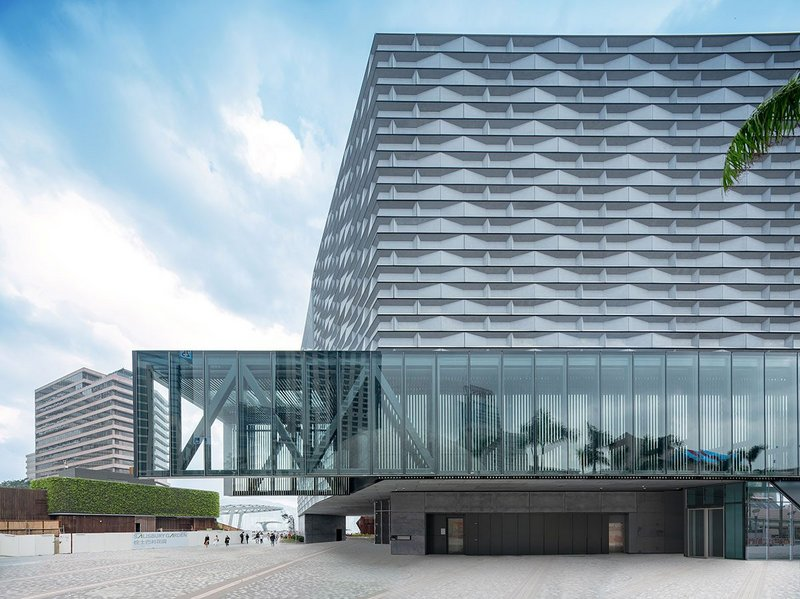The Hong Kong Museum of Art: Angle cut and staggered, the 3D modules created from Tectiva fibre cement panels form shadow joints and a crisp geometric design.