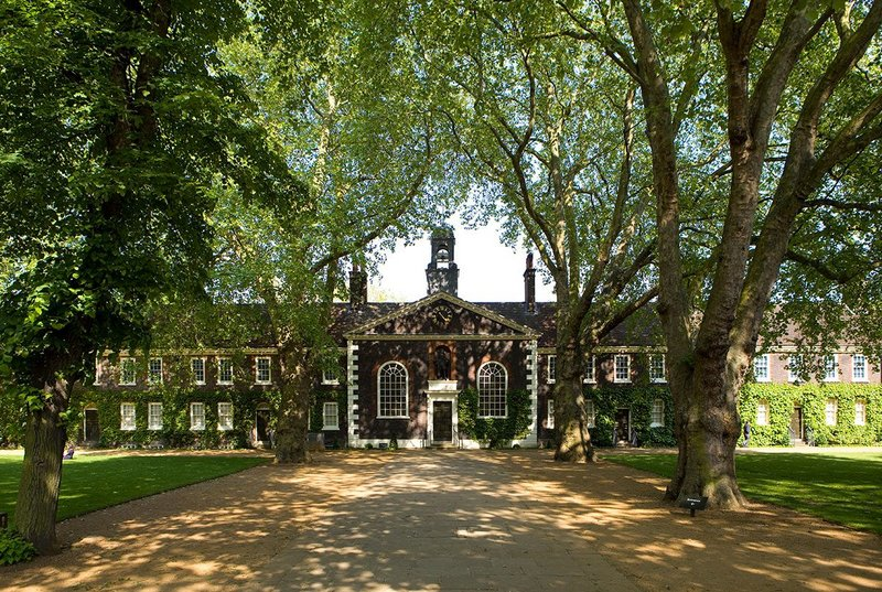 Wright & Wright's £18.1m rejuvenation of the Museum of the Home leaves the front exterior of the 18th century, Grade I listed almshouses largely unchanged.