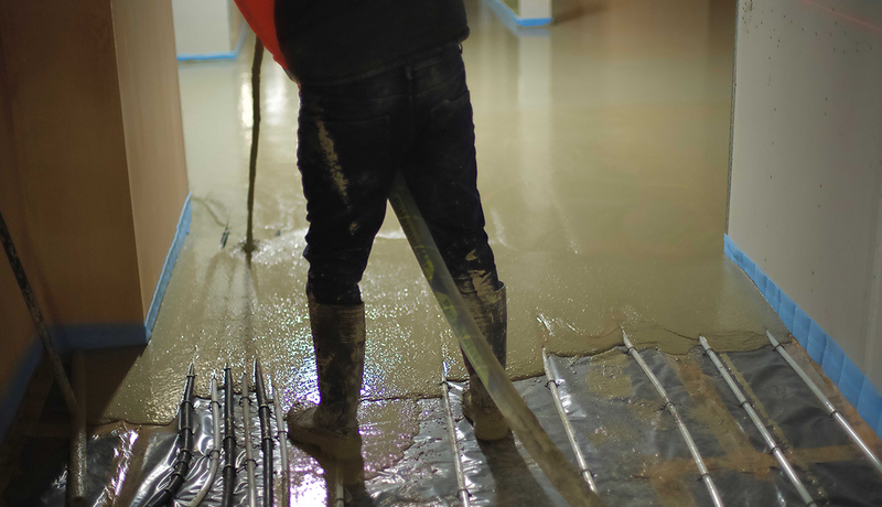 The latest technology in liquid screed: Flowcrete's Isocrete Flowing K is the liquid version of its award-winning K-screed.