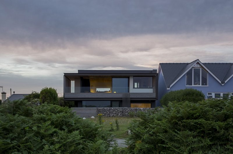 Cliff House, Southgate – Hyde + Hyde Architects. Click on the image