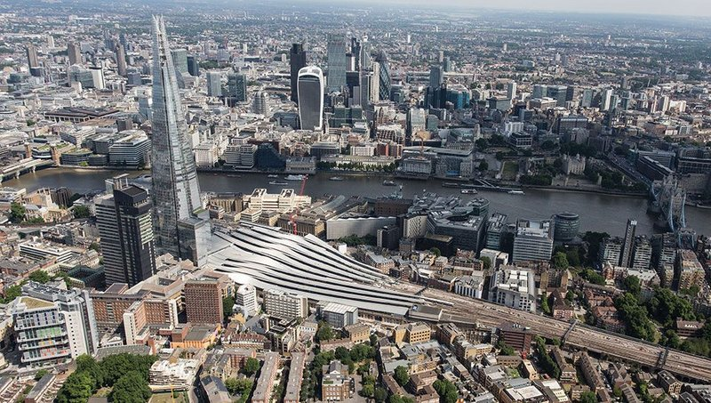 Aerial view of London Bridge station looking north, highlighting the slope and complexi