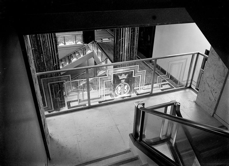 Photographers Dell & Wainwright capture an oblique view of the RIBA atrium in 1934.