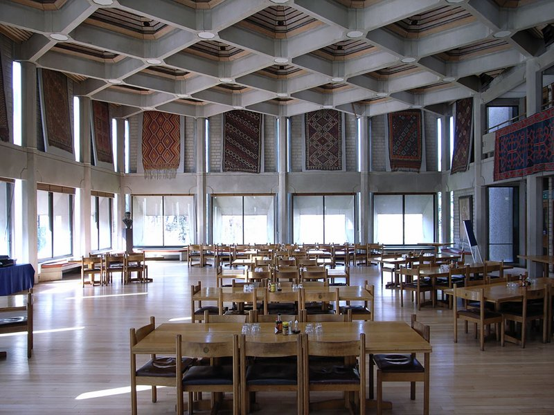 'Vertebrate architecture': Hilda Besse building (1962-71) at St Antony's College Oxford by Howell, Killick, Partridge & Amis.