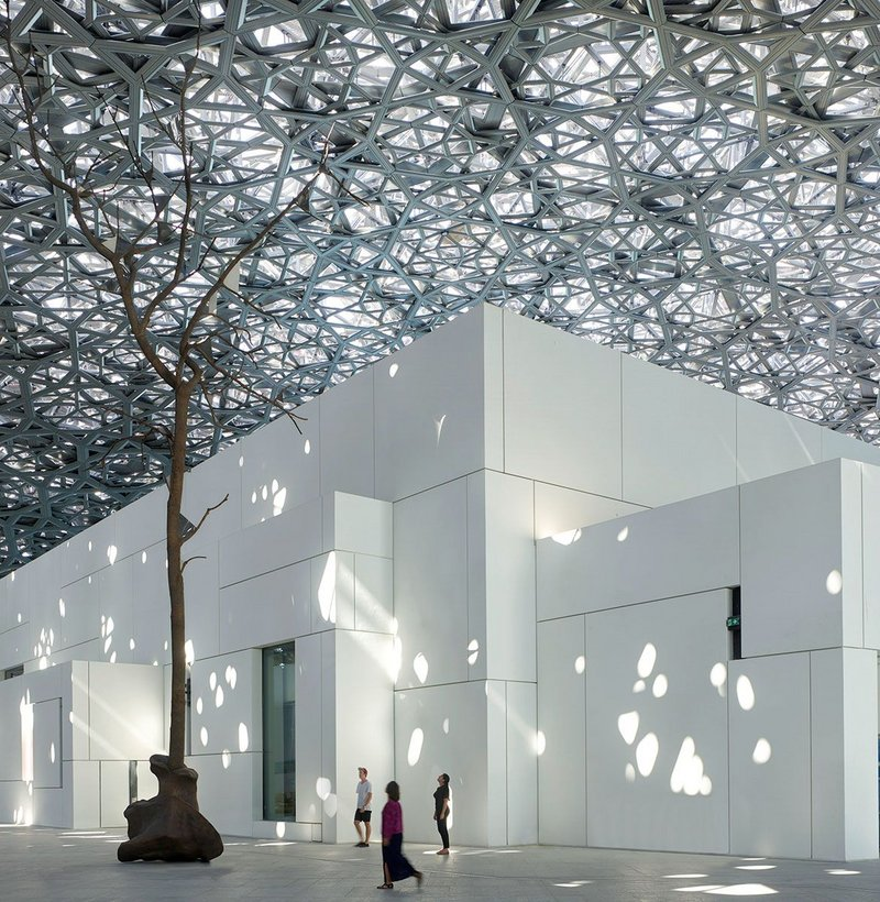 Nouvel's 'Arab village' of galleries beneath Nouvel's enormous fractal dome.