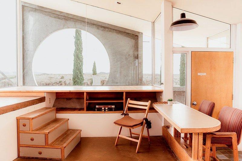 Arcosanti by Paolo Soleri, Arizona (1970).
