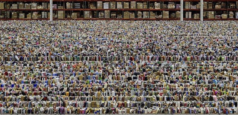 Andreas Gursky Amazon, 2016 Inkjet-Print 207 x 407 x 6.2 cm