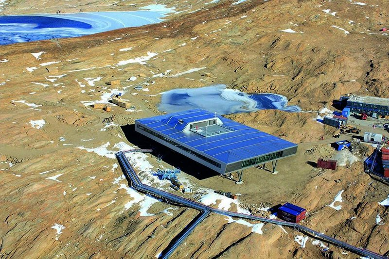 The completed Bharati Research Station.