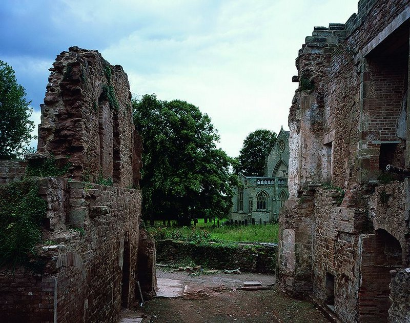 Astley Castle – the medieval hall (before).